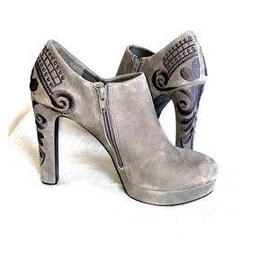 GIANNI BINI Black suede platform ankle bootie, 8